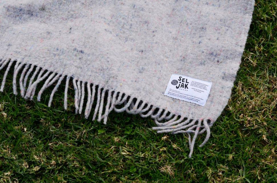 Seljak Original Fringe Blanket